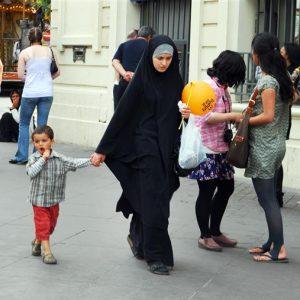 Imigrantes Muçulmanos Na Europa: Choque De Civilizações?