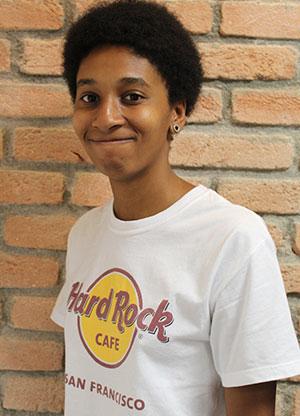 Cintia Silvestre Oliveira