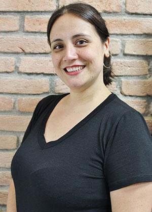 Mônica Oliveira Carnavarolo