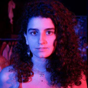 EX-ALUNA: Maira Romero
