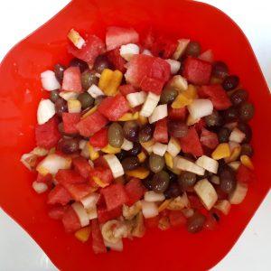 Salada De Frutas Com Iogurte E Granola