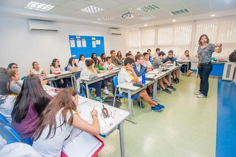 Ensino Fundamental 2 - sala de aula 9° ano
