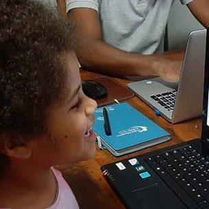 01/07 – R7: Como é Rotina De Aulas A Distância Desde O Início Da Quarentena Em SP
